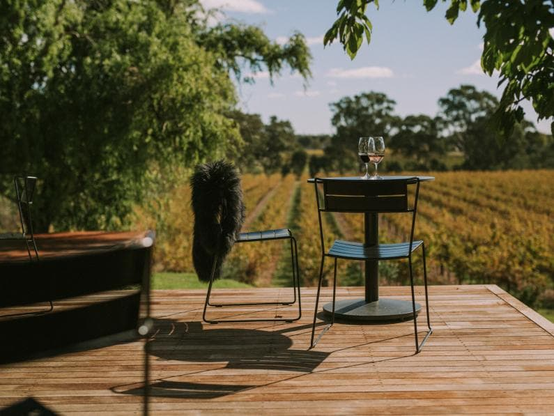 1K CHAIRS X HEWITSON WINES-30355-min