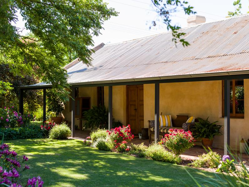 Seppeltsfield Vineyard Cottage